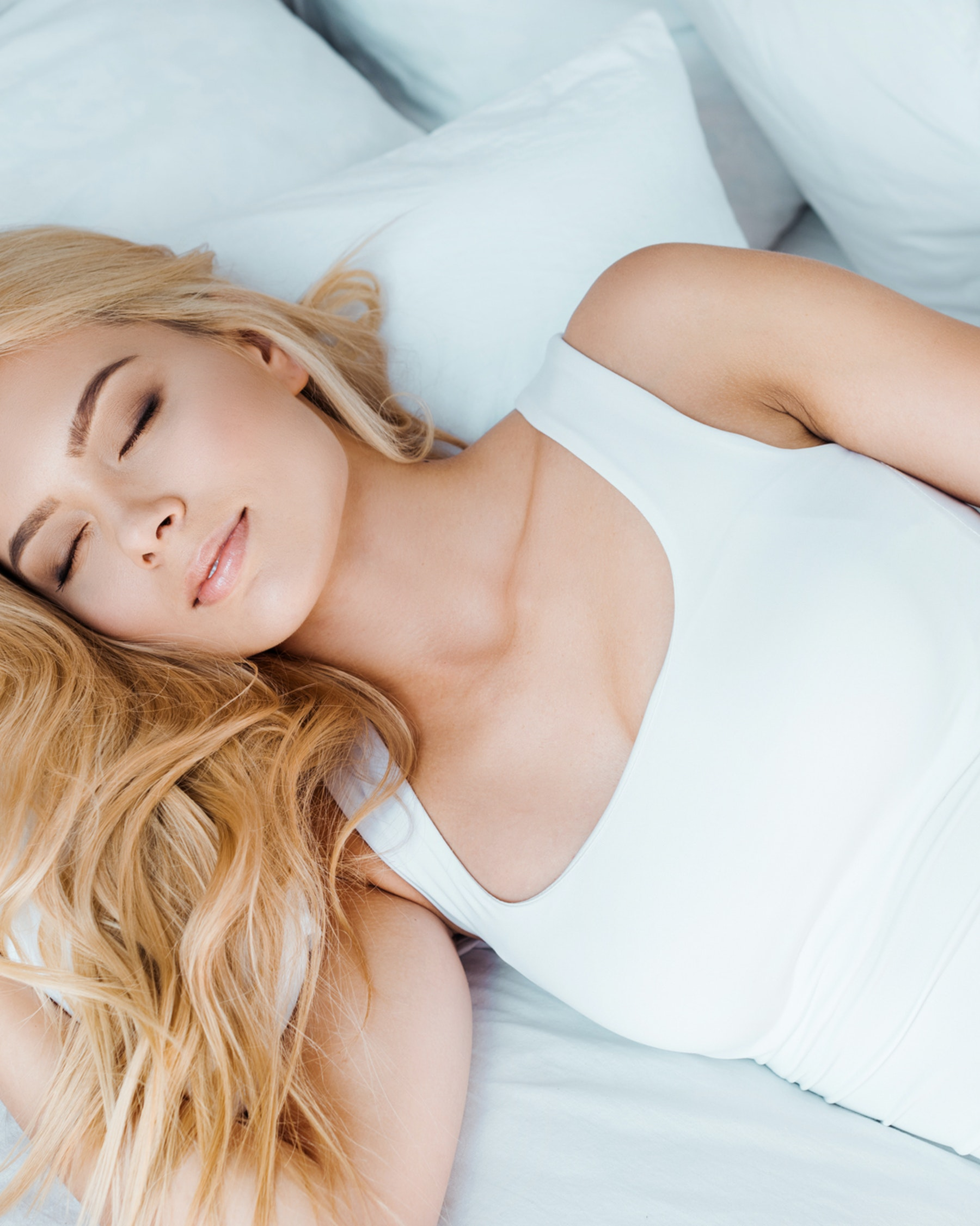 Sleeping On Your Period 10 Period Sleep Tips You Need To Know
